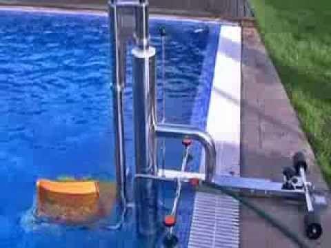 Elevador hidráulico en piscinas para personas discapacitadas
