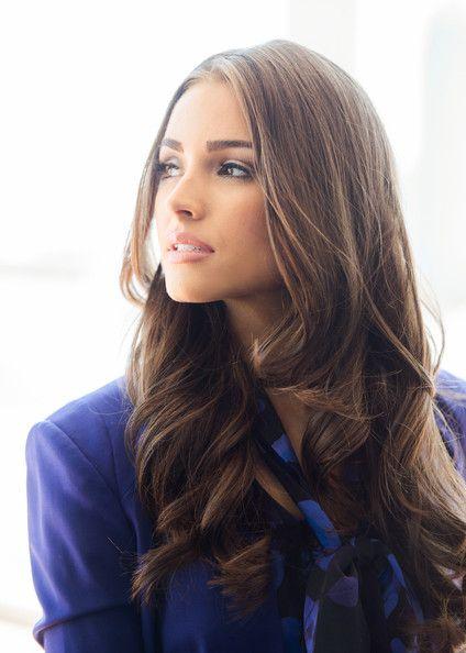 Olivia Culpo - Miss Universe, Olivia Culpo Sets Sail On The World Yacht
