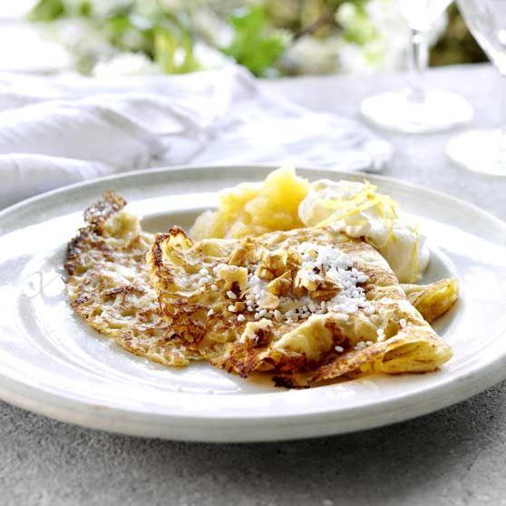 Pandekager med æblekompot og citronfløde