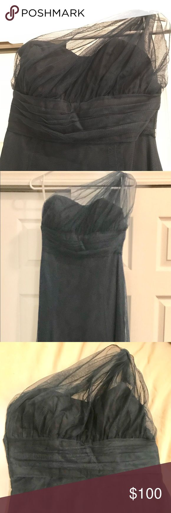 "WToo Floor Length One Shoulder Bridesmaid Dress This is a size 6 XL (XL for length), tailored to fit a size 4. It's navy blue, although the pictures make it look more black. It's blue.   Worn one time and is in excellent condition. No rips or snags in the fabric. All hardware, zippers and hooks are completely intact. Little to no wear on the bottom hem of the dress.   I wore this dress with 5in heels, I'm 5'8"" 135 lbs and it was hardly touching the floor. Wtoo Dresses Wedding"