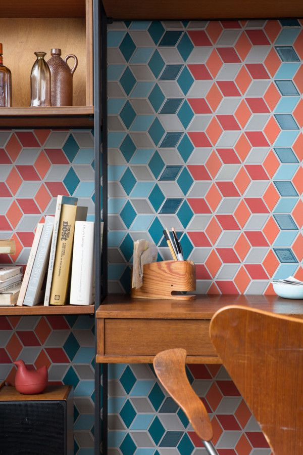 Rhythn | Legendary pottery makers Heath Ceramics have launched Mural, the latest in their series of pre-configured pattern combinations for tile. The first in the series is called Twill and it uses the Little Diamond shape from their Dwell Patterns collection in six different glazes to create a multidimensional, mind-tripping pattern. Each of the eight color ways combines the six glazes, including matte and gloss, into a pre-selected, dynamic configuration.