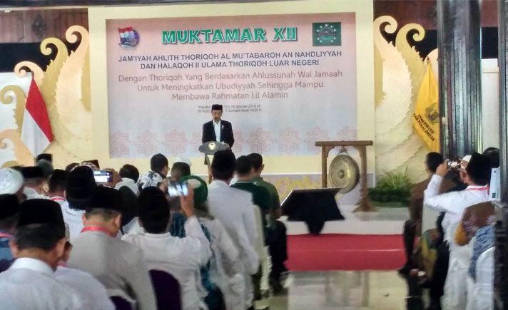 Presiden Joko Widodo berharap ulama dapat menjadi perekat persatuan Indonesia dan menghindari gesekan antarumat beragama.