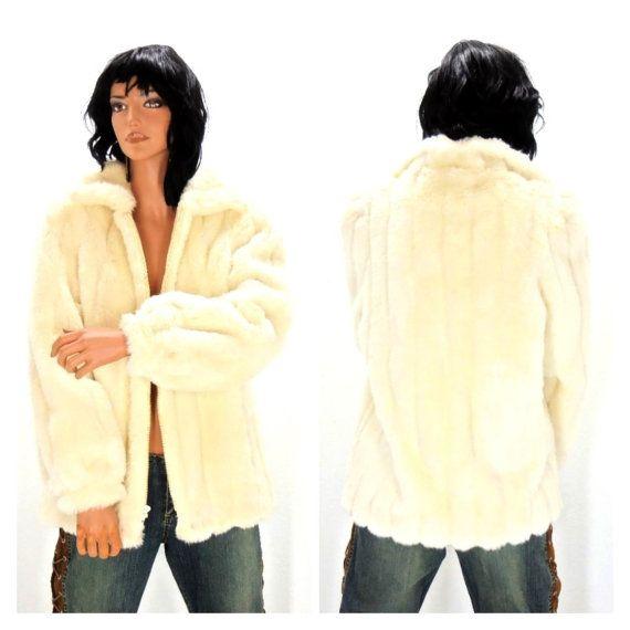 Vintage 80s Jordache white faux fur jacket by SunnyBohoVintage