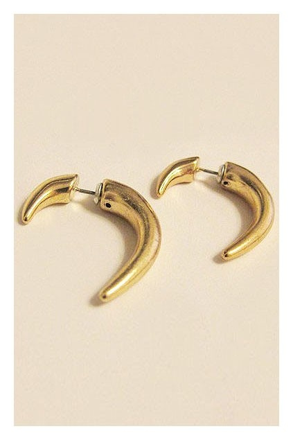 Curved Spike Earrings