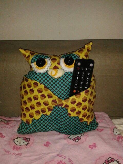 owl - remote holder