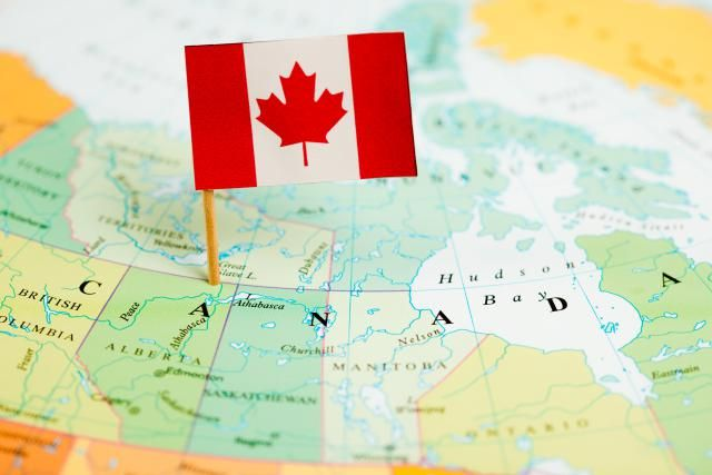 Find dozens of companies that recruit for work from home jobs from all over Canada.