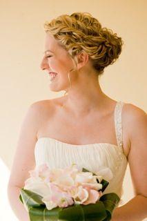 #bridal #ailriebeachwedding #gorgeous