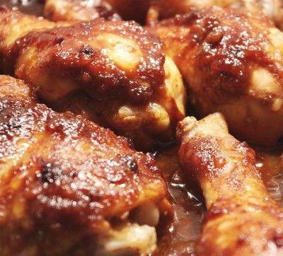 piezas de pollo en salsa de tamarindo