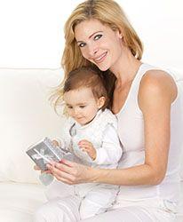 Skønne barselsgaver. Økologisk barselsgave til den nybagte mor og far. Vores barselsgaver gør lykke og hjælper til en god og kemi-fri start i den nye familie.