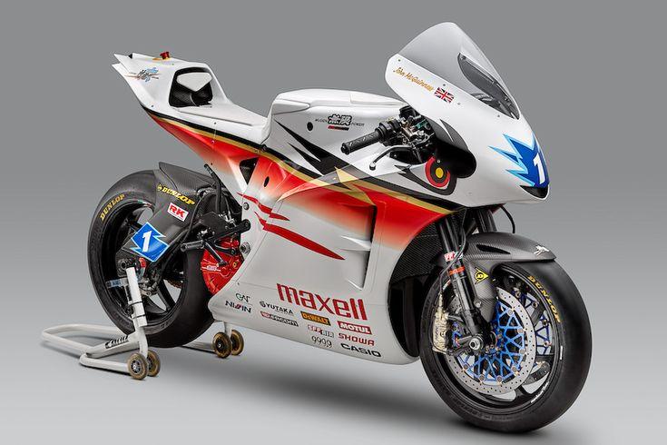 マン島TTレース TTゼロチャレンジクラスに参戦するオリジナル電動バイク「神電 六」