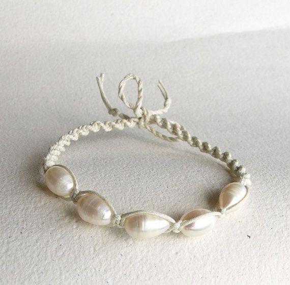 Bridal Shamballa Bracelet Pearl Bracelet White Bracelet by M0MITA