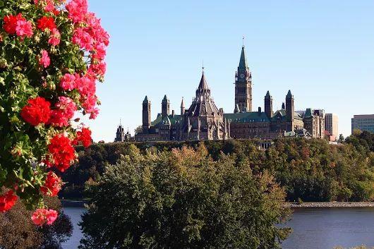 Air Liaison  Ottawa-Quebec Flights  Book your Ottawa-Quebec flight today with...