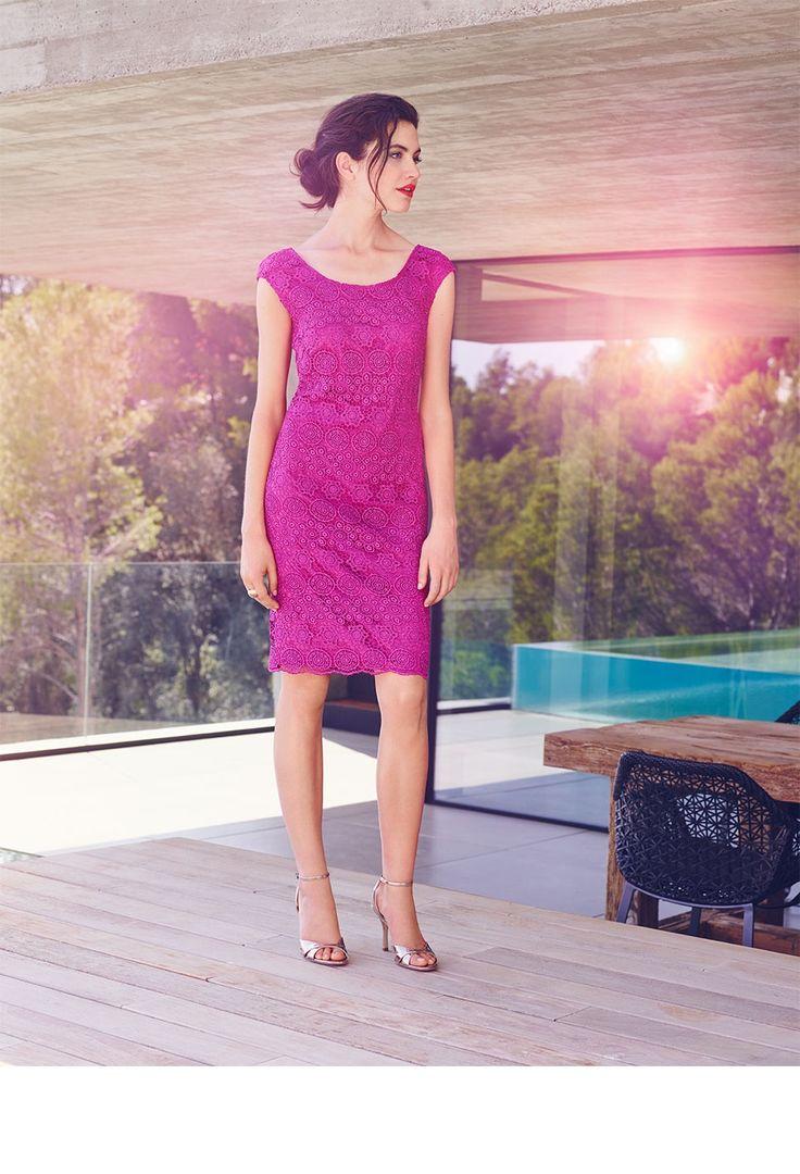 Erleben Sie hier die glamouröse und elegante Herbst Winter Kollektion 2016 von  Vera Mont. 80d1efad0c