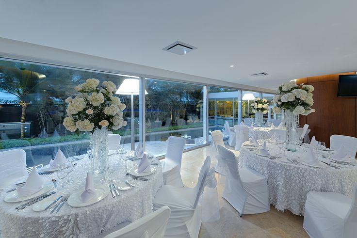 Montajes celebración de boda en el Bar Lounge, Boda, Luna de Miel o Aniversario #Wedding #Boda #LunadeMiel #HoneyMoon #Eventos #Hotel #HolidayInn #Cartagena Reservas: reservations.ctghi@ihg.com