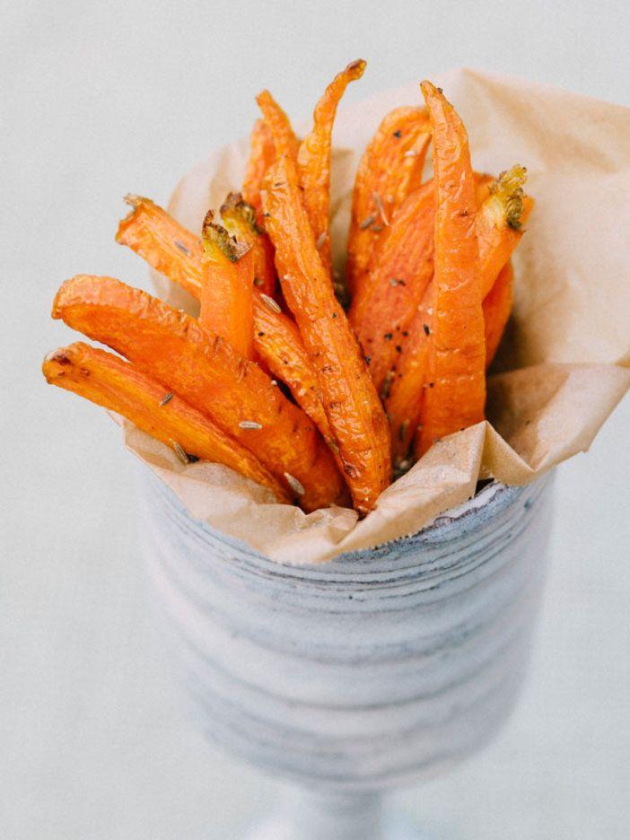 クミンの香りがポイント。揚げることでにんじんの甘さが引き立ち、ヘルシーなおやつとしても楽しめる。 『ELLE gourmet(エル・グルメ)』はおしゃれで簡単なレシピが満載!