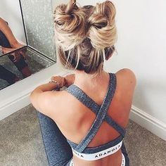 Super cute Tuesday hair vibe ✨💭. We are all about these Princess Leia style gym buns. Pic via @kristyjgreen // @tillyoctaviahair #hairlove #hairinspo #hairgamestrong #bunlove