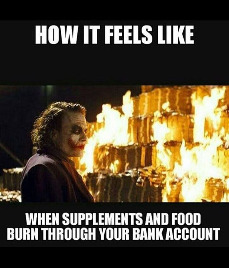 The damage 4000 calories a day does to your bank account... #somemenjustwanttowatchtheworldburn #imalwayshungry #eatbiggetbig #omnomnom #snacks #food #foodporn #pizza #papajohns #flexibledieting #diet #iifym #paleo #fitfam #fitspo #dieting #gym #fitness #strength #strong #gymrat #gymlife #grind #grinding #eatclean #eatbig #executivemeathead by nye_gordon