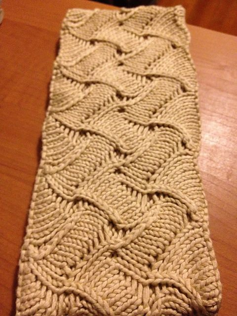 Knitting Patterns For Scarves On Pinterest : FREE pattern  4500 FREE patterns to knit  : http://www.pinterest.com/DUTCHKNI...