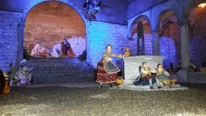 """Abbadia San Salvatore celebra il Natale con le """"Fiaccole"""". Si rinnova una delle più antiche feste del fuoco italiane"""