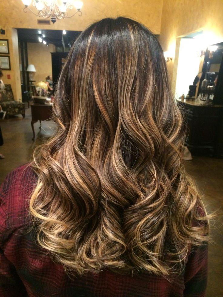 #hairartist #mastercolorist #pravana #haircolor #behindthechair #modernsalon #balayage #highlights #hairpainting @mahridoesmyhair @salonmadrid