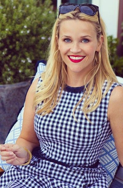 Reese Witherspoon Labor Day style