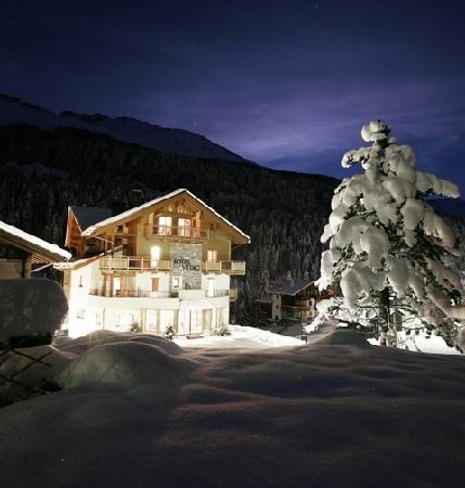 Santa Caterina Valfurva, Italy. Skiing!