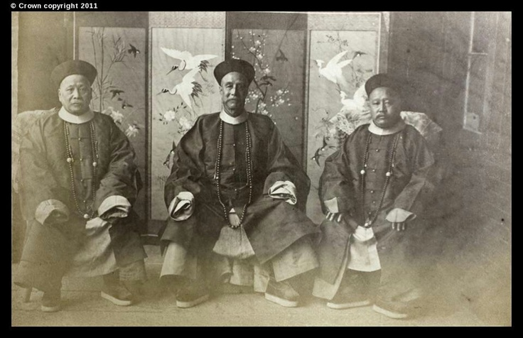 Peranakan Chinese kept the etiquette of the Chinese Nobility when sitting ..one must sit upright !