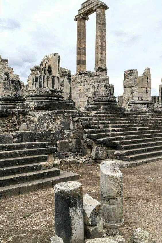 Ancient Roman Architecture See More Dydima Temple Of Apollo Ancientgreekarchitecture