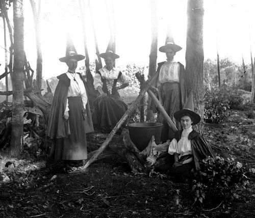 Old Mysterious Photos of Witches | The Ghost Diaries                                                                                                                                                                                 More