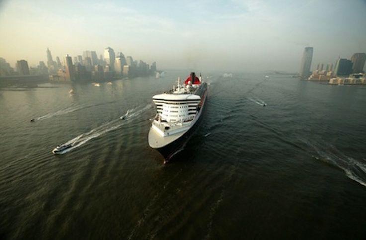 Queen Mary 2 New York - Hamburg ab € 999, - p.P. Transatlantik-Passage vom 21*. - 30. Juni 2015  inkl. Anreisearrangement !  *der Abflug passend zur Schiffsabfahrt (ohne Verlängerung in New York) erfolgt flugplanbedingt bereits am 20.06. und beinhaltet eine bereits im Preis enthaltene Übernachtung in New York und die entsprechenden Transfers zwischen Flughafen, Hotel und Schiff  Buchung und Info: http://cunard.kreuzfahrten-sonderpreise.de