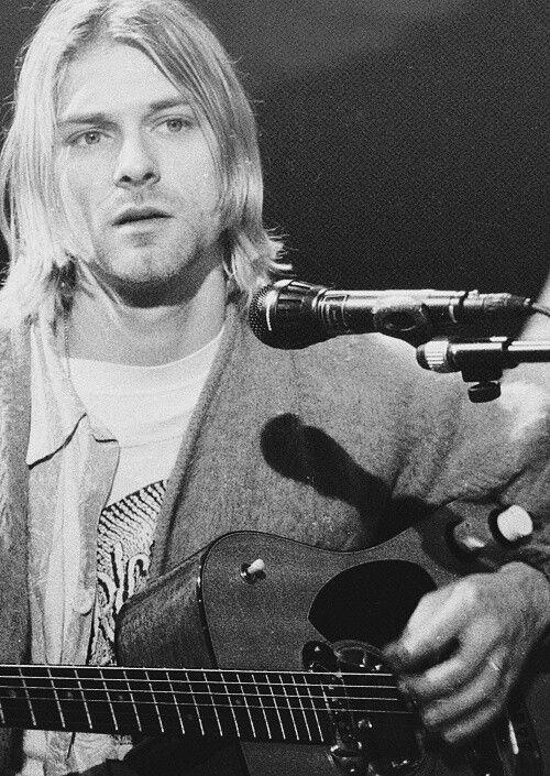 Kurt Cobain.the last rock star!!