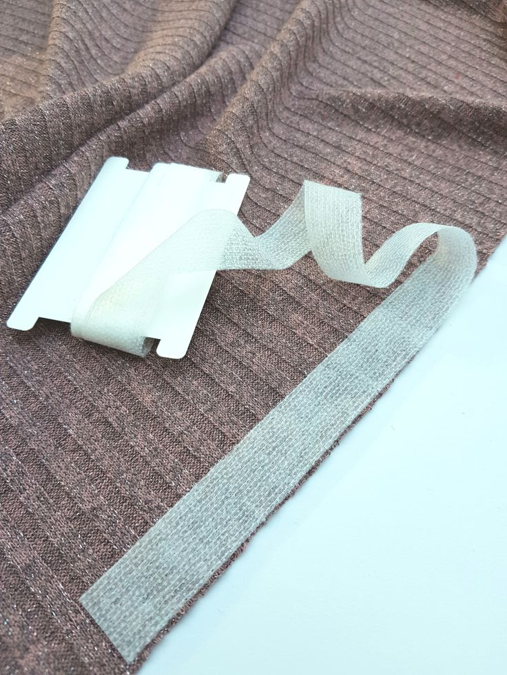 Nähen mit Strickstoffen – Wie nähe ich einen Pullover?
