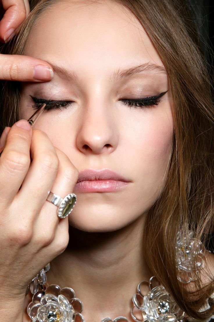 EASY cat eye makeup tutorial