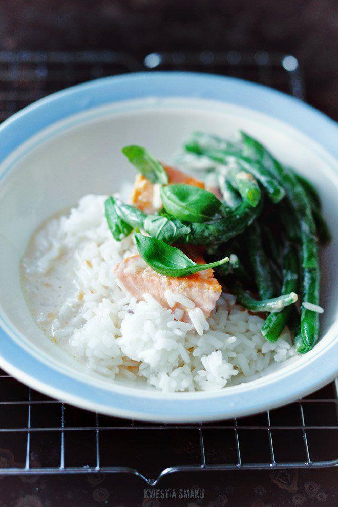 Curry z łososiem i fasolką