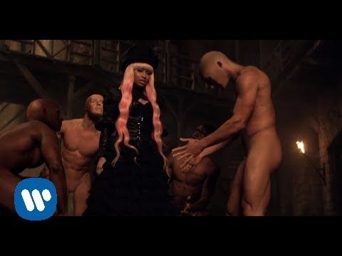 David Guetta - Turn Me On ft. Nicki Minaj (Official Video).  A Steampunk universe featuring droids.