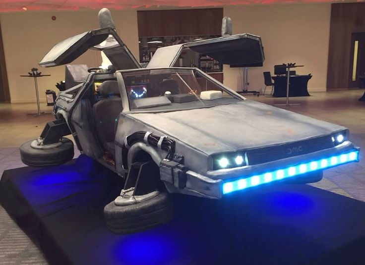 Life-Size BTTF DeLorean Cake Is Delicious Any Time -  #BTTF #cake #cars #delorean