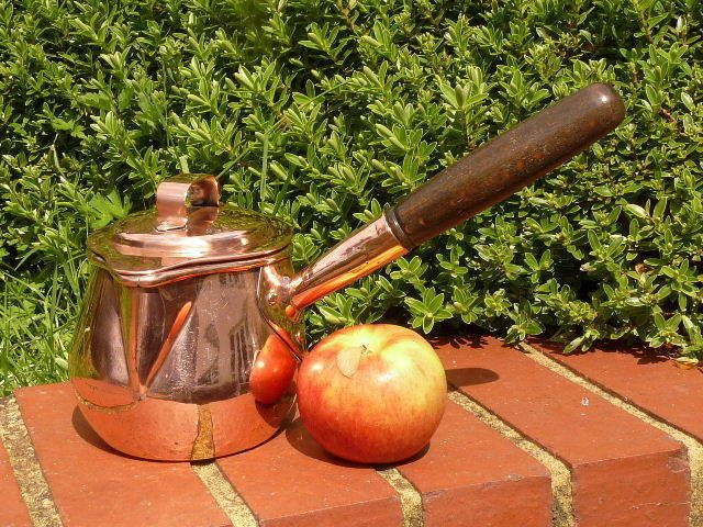EARLY VICTORIAN COPPER KITCHEN MILK SAUCEPAN with FULLY SHAPED COVER
