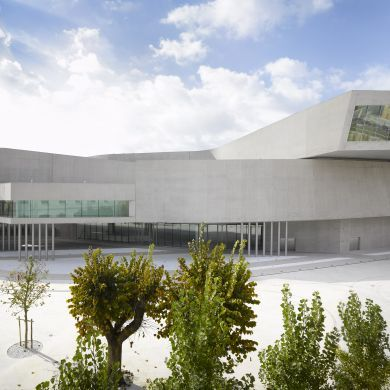 MAXXI Museum: Location: Rome, Flaminio, Italy Area: 27000.0 sqm Project Year: 2009  This building housing two museums of contemporary art took ten years to build. Materials such as glass, steel and concrete allow for a neutral appearance, while moveable panels provide flexibility of exhibition layouts.