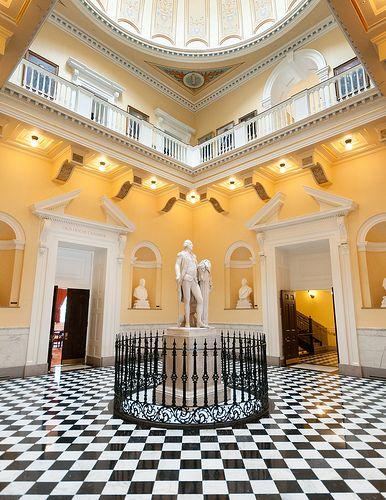 Virginia Capitol, designed by Thomas Jefferson and Charles-Louis Clérisseau, Richmond, VA