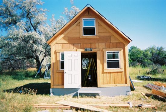 A Solar Cabin in Two Weeks for $2,000 550