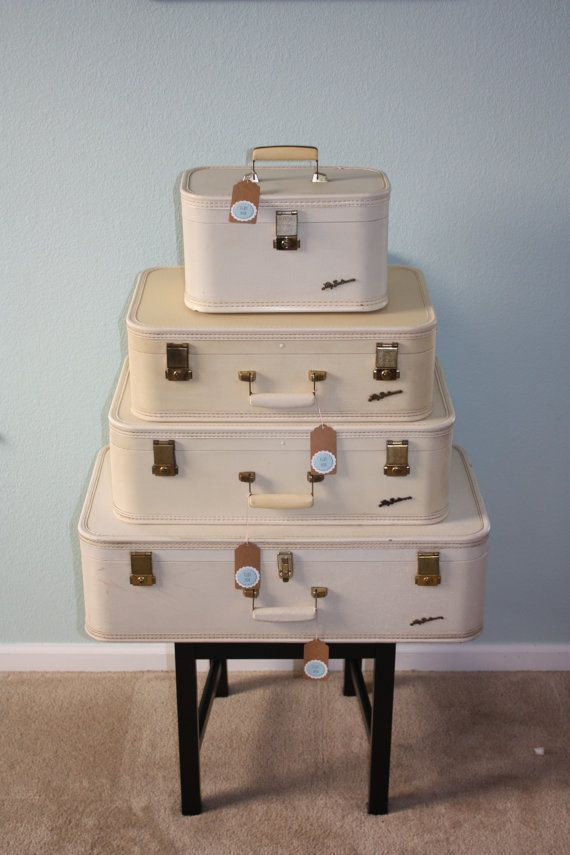 The 19 best images about Vintage Luggage......of course~ on ...