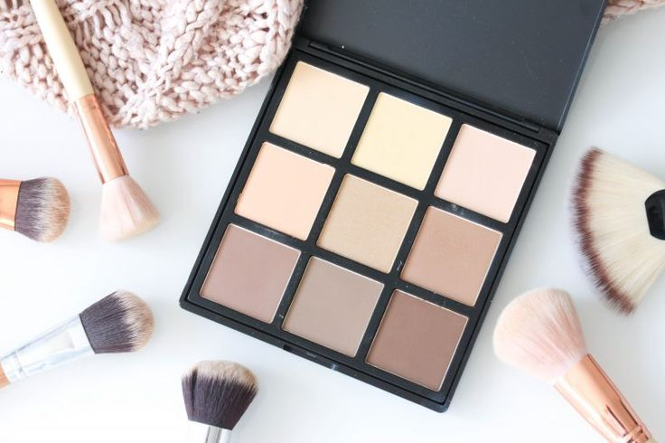 Become a contour queen with the Morphe 9c powdered contour palette! Makeup and beauty must have!