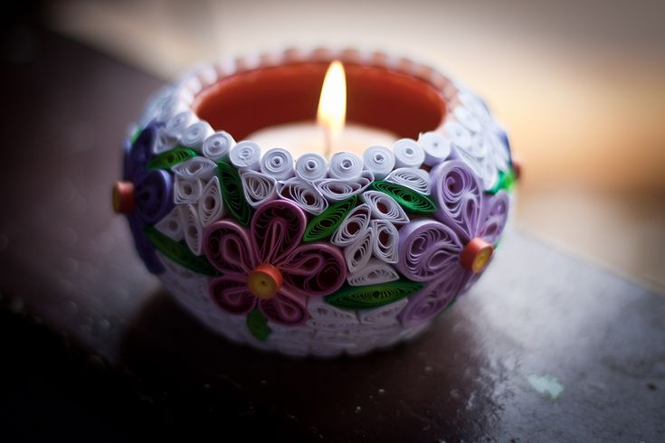 Quilled Candlestand