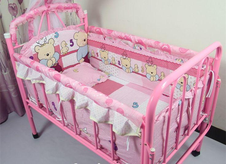 Продвижение! 7 шт. розовый медведь вышитые детская кроватка детская кроватка комплект постельных принадлежностей ( бамперы + матрас + подушка + одеяло )