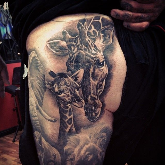 Giraffe #Tattoo By Fernie Andrade would love to see the rest of the sleeve