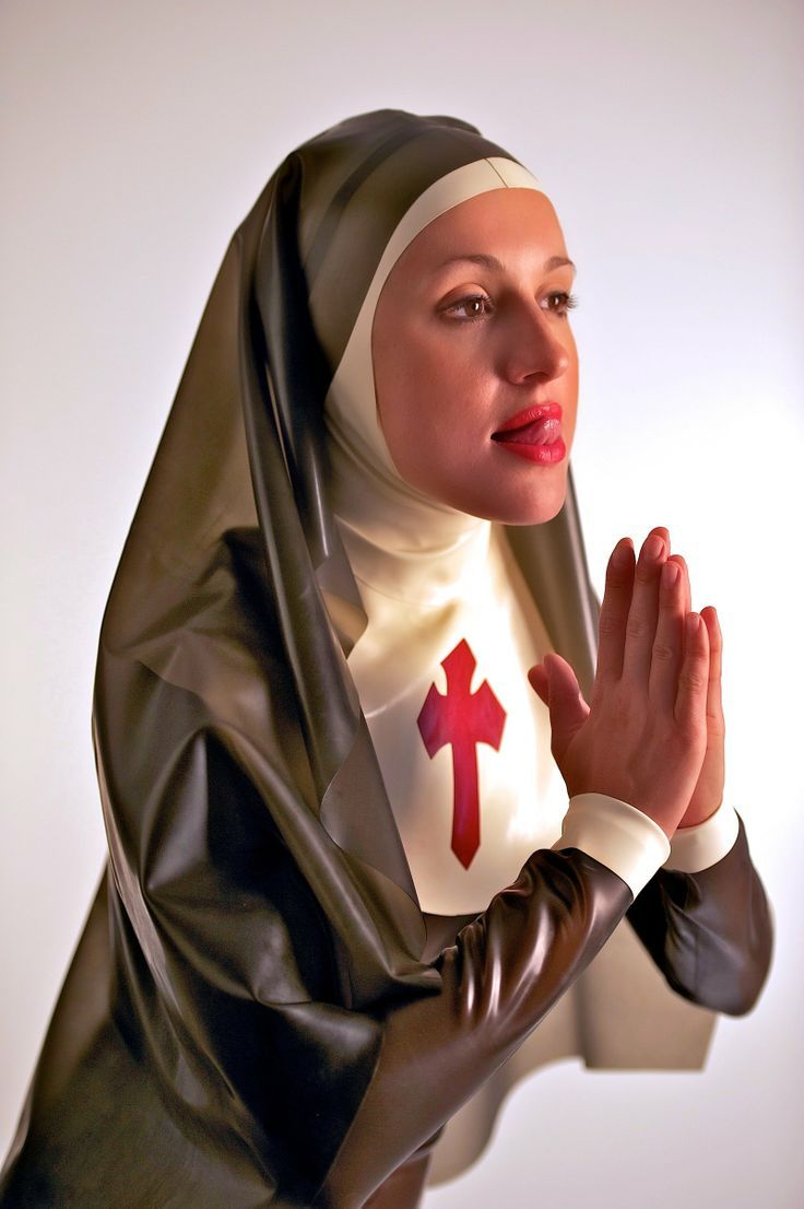 nun sister mother nude Latex und PVC