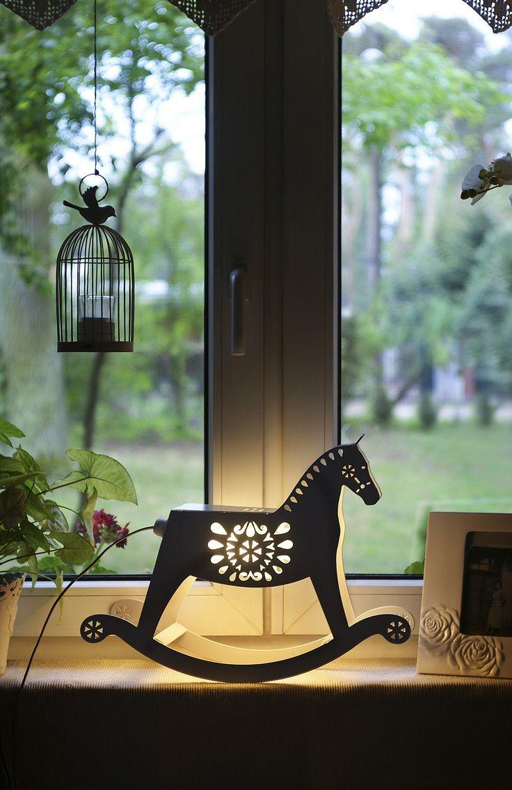 https://decortis.com/mobile/pl/p/Lampa-stolowa-Patataj/436