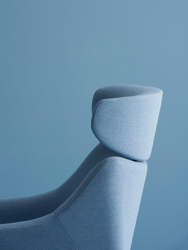Plex is a modular seating program created by London-based designers Industrial Facility for Herman Miller. (4)