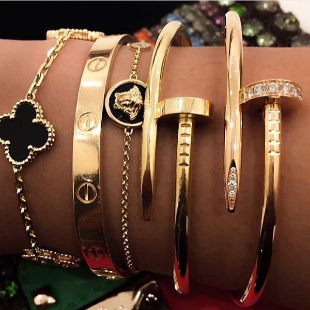 On the arm of a Jetset Babe, jewellery & watch! | JetsetBabe