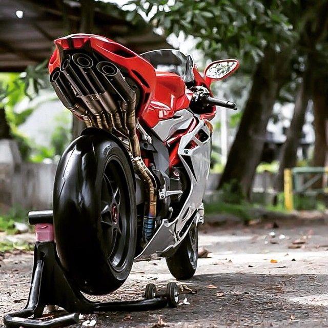 MV Agusta #F4
